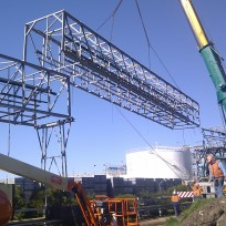Orica gantry demolition 2